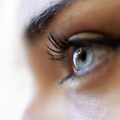 ojo-azul-de-cerca_1139-517-2 2